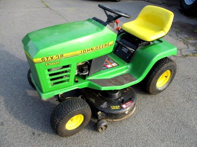 1996 John Deere Garden STX38 lawn mower
