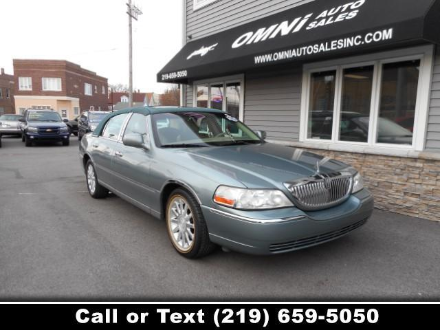 2006 Lincoln Town Car Signature