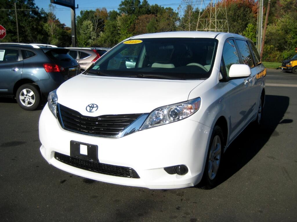 2012 Toyota Sienna 5dr LE FWD 8-Passenger (Natl)