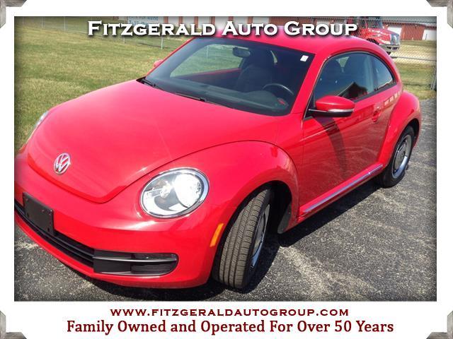 2012 Volkswagen Beetle 2.5 L Hatchback