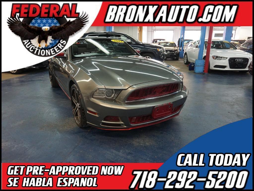 2013 Ford Mustang V6 Convertible