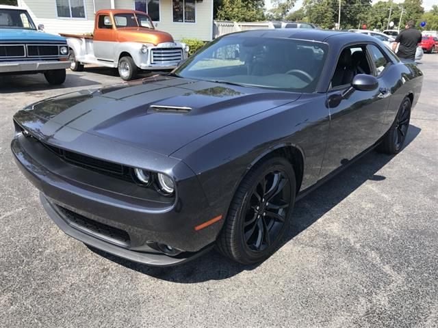 2016 Dodge Challenger SXT Plus Coupe