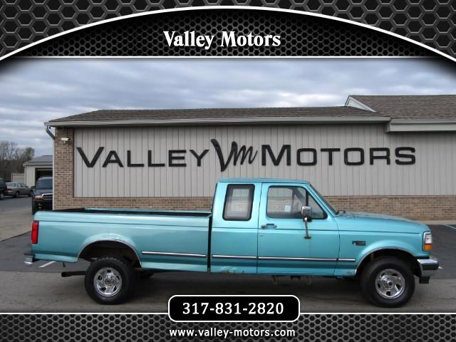 1995 Ford F-150 XL SuperCab Short Bed 4WD