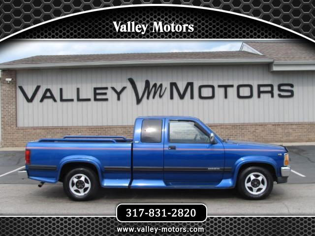 1994 Dodge Dakota Club Cab 6.5-ft. Bed 2WD