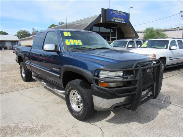 2001 Chevrolet Silverado 2500HD LT Ext. Cab Long Bed 2WD w/OnStar