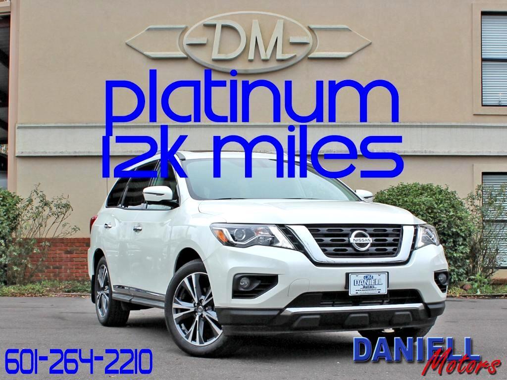 2017 Nissan Pathfinder Platinum 2WD