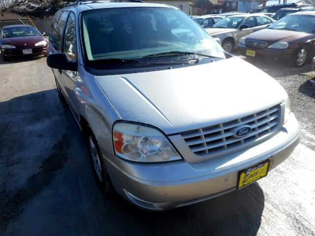 2004 Ford Freestar SE