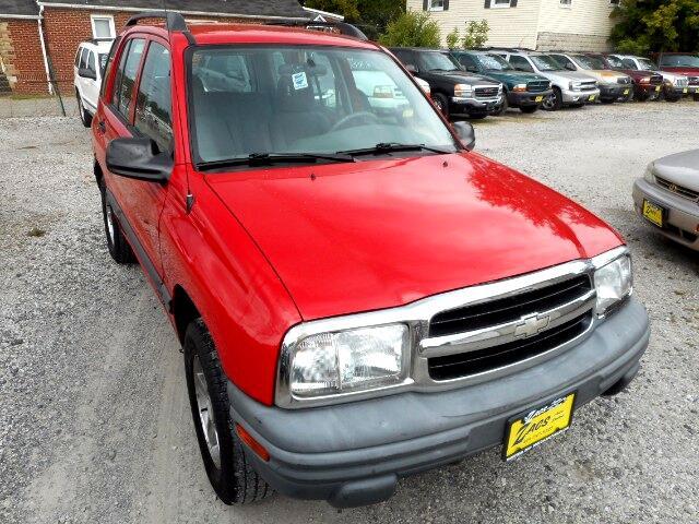2003 Chevrolet Tracker 4-Door 4WD