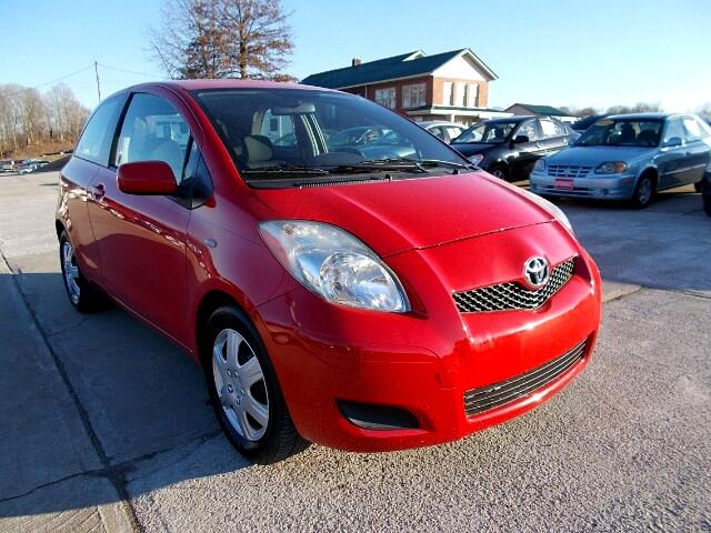 2009 Toyota Yaris Liftback 3-Door MT