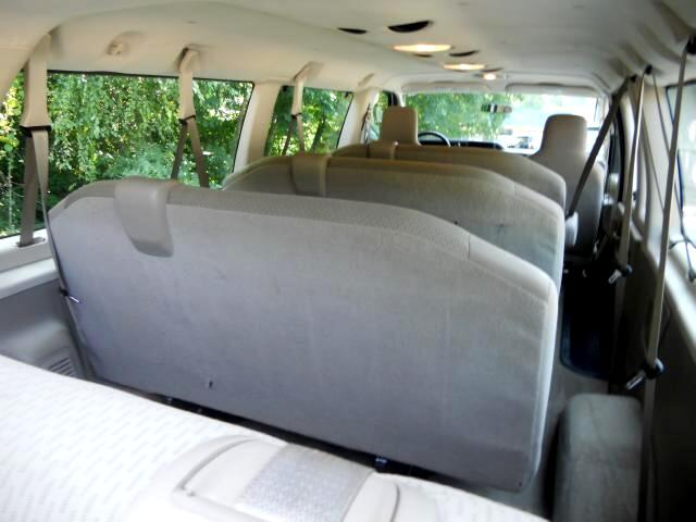 2011 Ford E-Series Wagon E-350 XLT Super Duty Extended