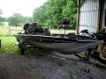 2005 Bass Tracker Bass Boat