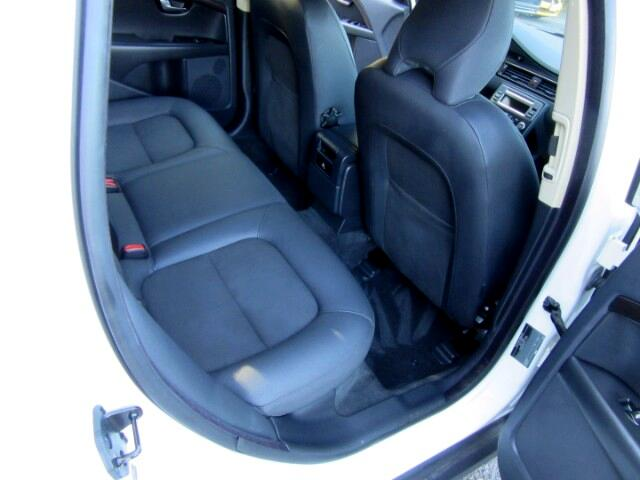 2009 Volvo XC70 3.2