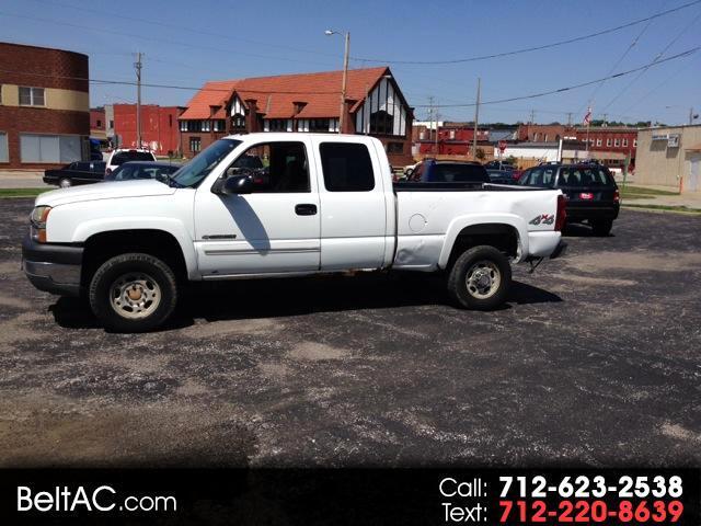 2003 Chevrolet Silverado 2500 LS Ext. Cab 4-Door Short Bed 4WD