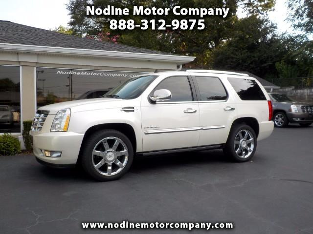 2011 Cadillac Escalade 2WD, Premium Package w Navigation & Factory DVD