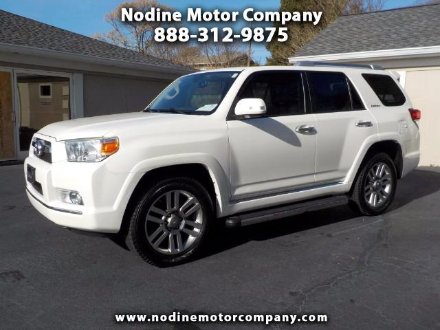 2013 Toyota 4Runner Limited, 4WD, Navagation ,3rd Row Seating