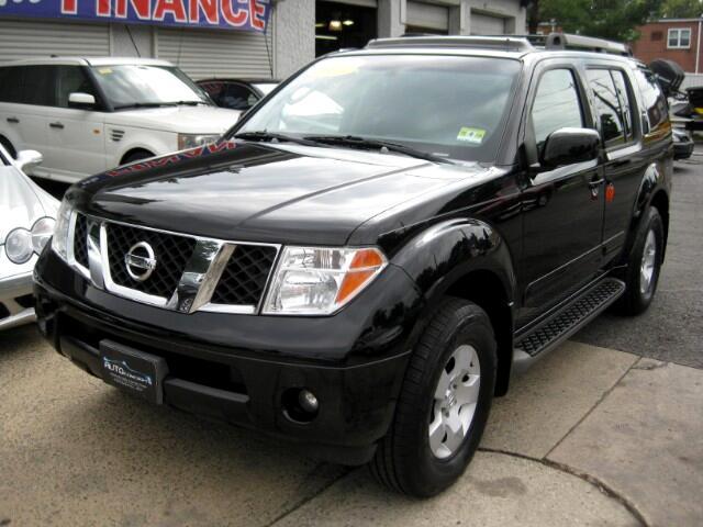 2007 Nissan Pathfinder SE 4WD