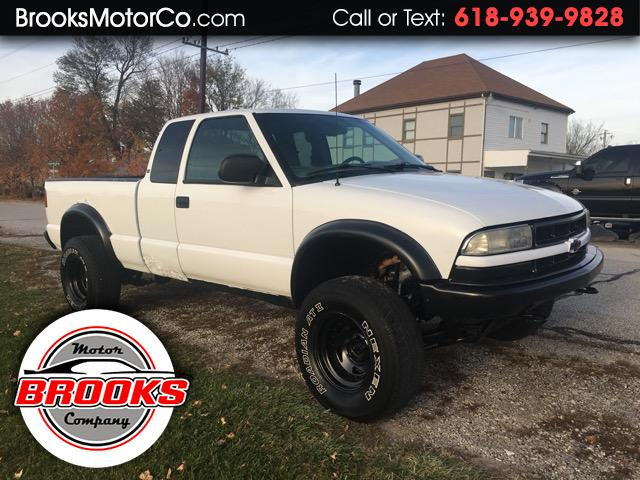 1998 Chevrolet S10 Pickup LS Ext. Cab 4WD
