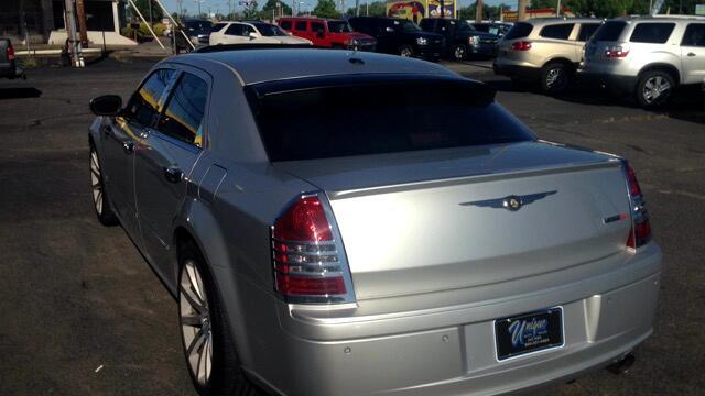 2006 Chrysler 300 4dr Sdn 300C SRT8