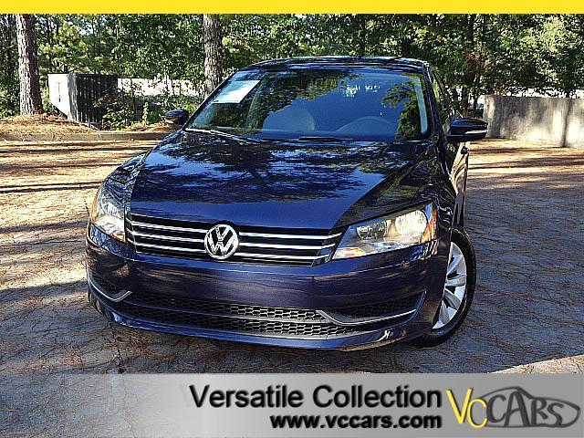 2013 Volkswagen Passat 2.5L WOLFSBURG EDITION with LEATHER HEATED SEATS