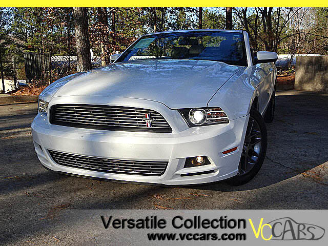 2014 Ford Mustang V6 Convertible
