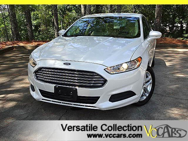 2014 Ford Fusion SE with LEATHER SEATS