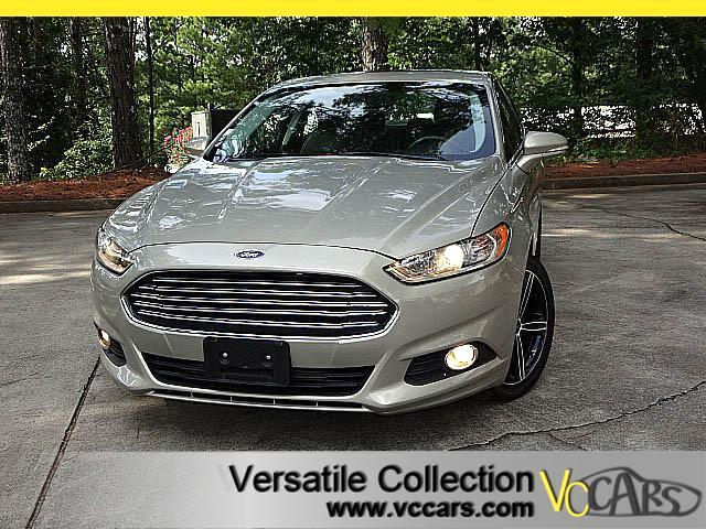 2015 Ford Fusion SE with LEATHER SUNROOF HEATED SEATS