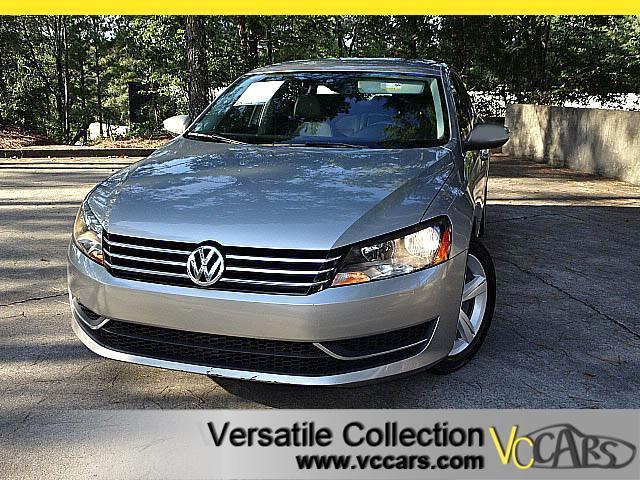 2012 Volkswagen Passat 2.5L SE2