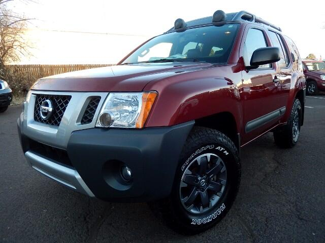 2015 Nissan Xterra PRO-4X 4WD with Navigation, Leather, Backup Camera
