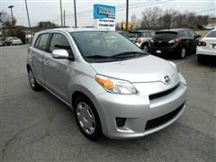 2009 Scion xD