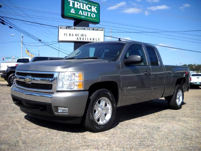 2007 Chevrolet Silverado 1500 Ext. Cab Short Bed 2WD