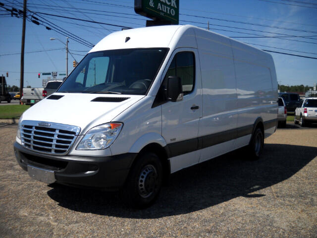 2013 Freightliner Sprinter 3500 170-in. WB
