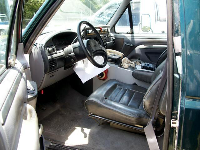 1995 Ford F-350 Regular Cab 2WD