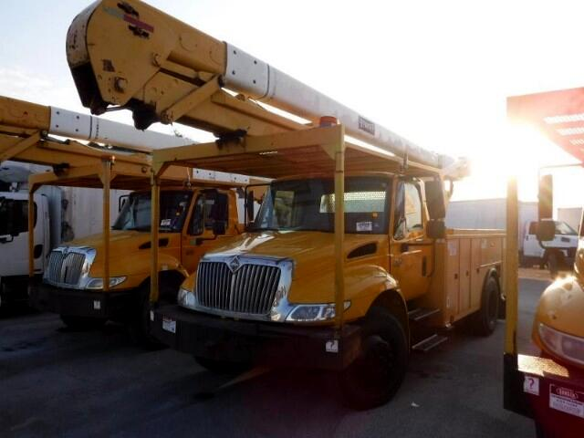 2005 International 4300 Bucket Truck