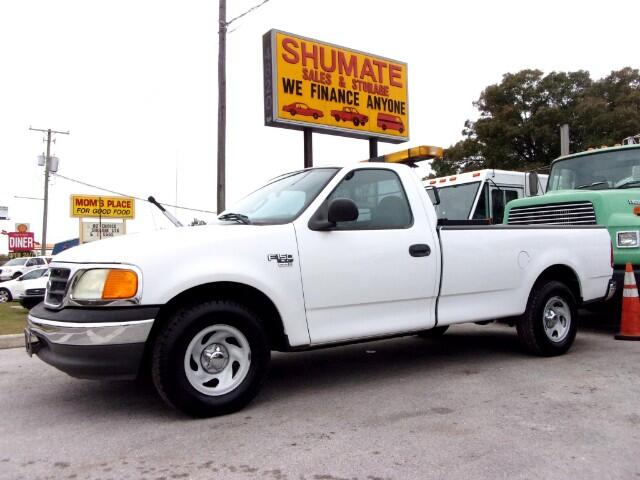 2004 Ford F-150 XL 8-ft. Bed 2WD