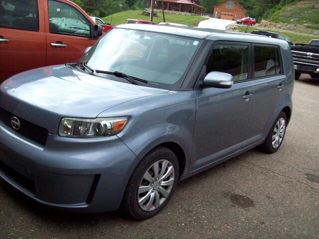 2010 Scion xB 5-Door Wagon 5-Spd MT