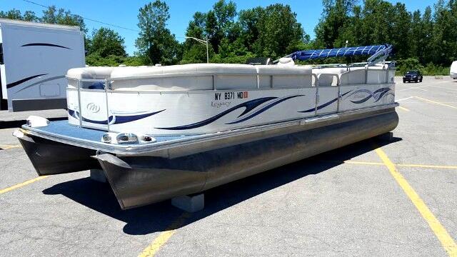 2007 Boat Custom Manitou Legacy Pontoon Boat 26