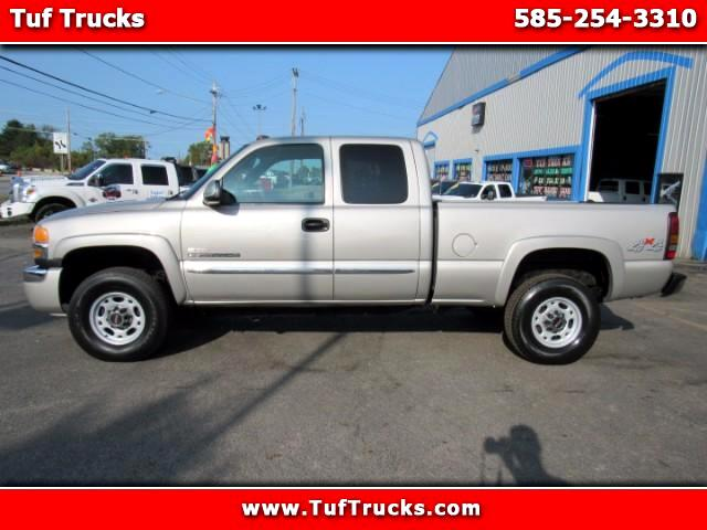 2005 GMC Sierra 2500HD Ext. Cab Short Bed 4WD