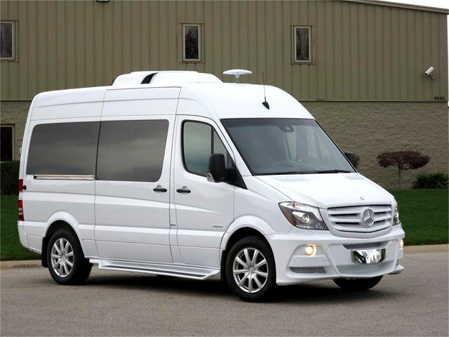 2014 Mercedes-Benz Sprinter 2500 Passenger Van 144-in. WB