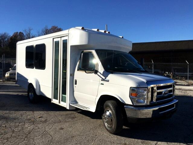 2016 Ford E350 Goshen Bus 15 passenger NEW
