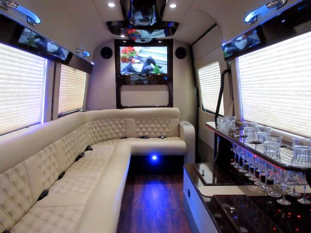 2013 Mercedes-Benz Sprinter Limousine 3500 High Roof 170-in. WB EXT