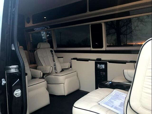 2014 Mercedes-Benz Sprinter Business Class Limo Excecutive