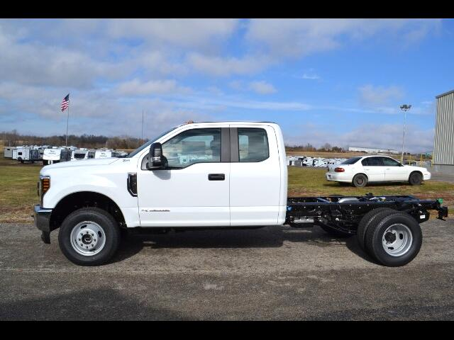 2018 Ford F-350 SD XL SuperCab Long Bed DRW 4WD