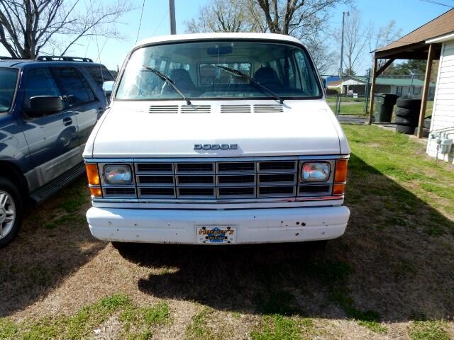 1986 Dodge Ram Wagon B350