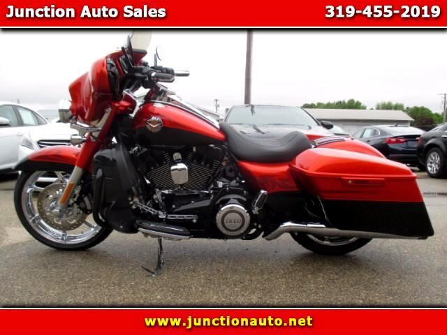 2014 Harley-Davidson FLHRSE Road King CVO