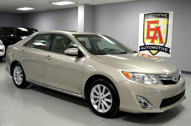 used 2014 toyota camry xle v6 for sale in lees summit mo 64081 executive automotive. Black Bedroom Furniture Sets. Home Design Ideas