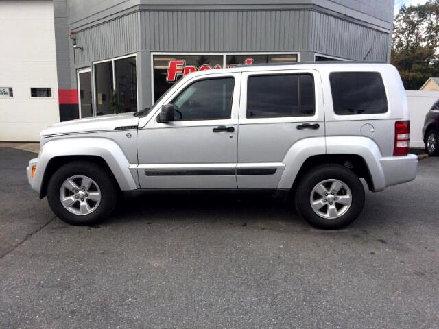 2012 Jeep Liberty 4dr Sport 4WD