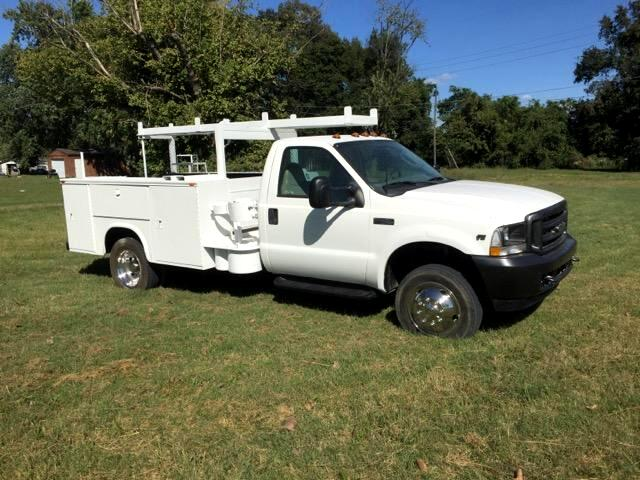 2003 Ford F-450 SD Regular Cab 2WD DRW