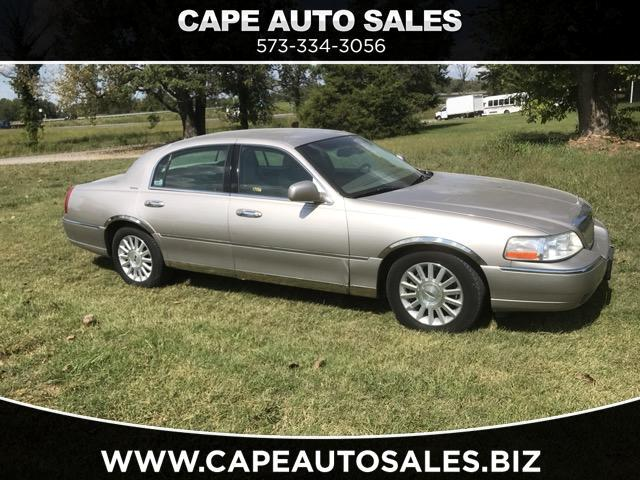 2003 Lincoln Town Car Signature