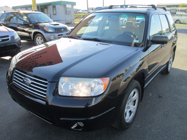 2006 Subaru Forester 2.5X COMES WITH 3 MONTHS OR 3000 MILEAGE WARRANTY.