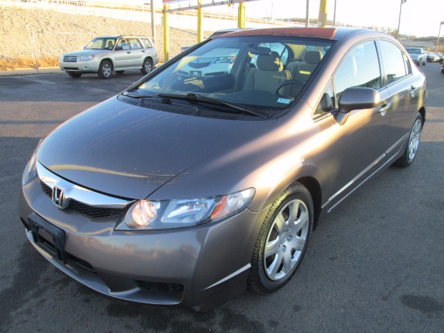2010 Honda Civic LX SEDAN AUTO COMES WITH 3 MONTHS OR 3000 MILES WA